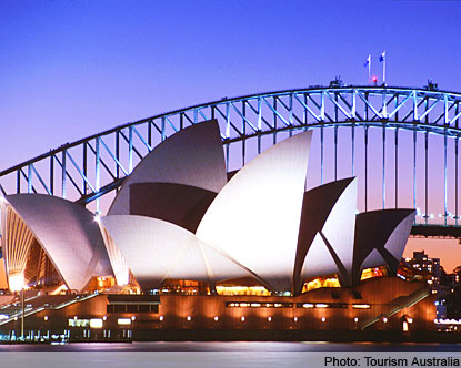 Budget Travel Deals: Eight Days' Sydney and Brisbane Land Tour Only $1,310