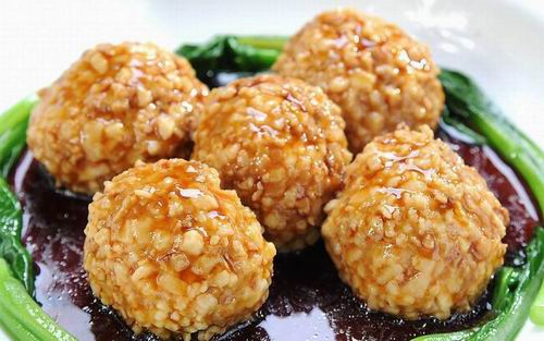 Chinese Pork Recipe: How to Make Crispy Pork Balls