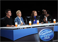 Some of Idol Judges Unqualified, LaBelle Says