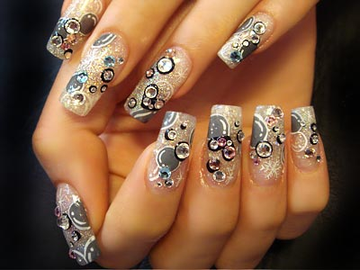 Nail designs: choose the right nail art for you