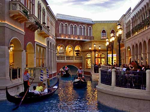 Save: 4th Night without Charge at Venetian Resort Hotel Casino, Las Vega