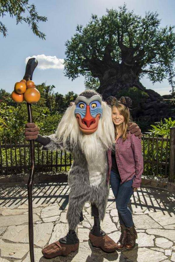 Bindi Irwin Having Holiday At Disneys Animal Kingdom